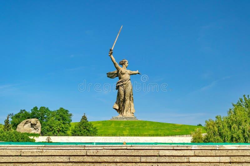 Historischer Erinnerungskomplex 'Mamayev Kurgan 'in Wolgograd Stalingrad, Skulptur 'die Vaterlandmutter! ' lizenzfreies stockfoto