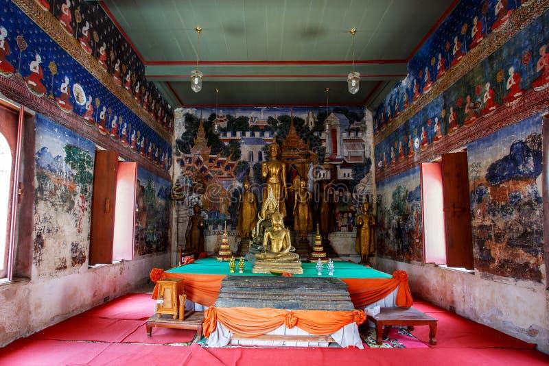 Historischer Platz, Wat Ubosatharam Der Tempel bringt viele Artefakte wie Wandwandgemälde unter, welche die Art von frühem Rattan stockfoto