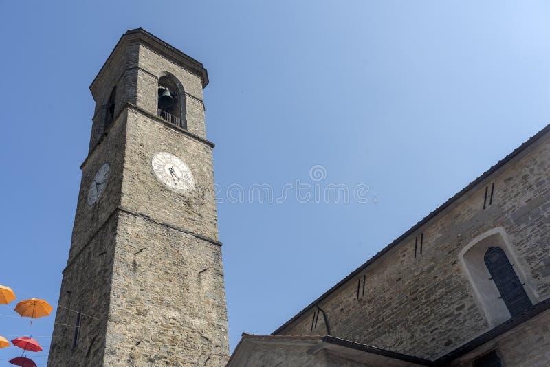 Historischer Turm in Bagno di Romagna, Italien lizenzfreies stockfoto