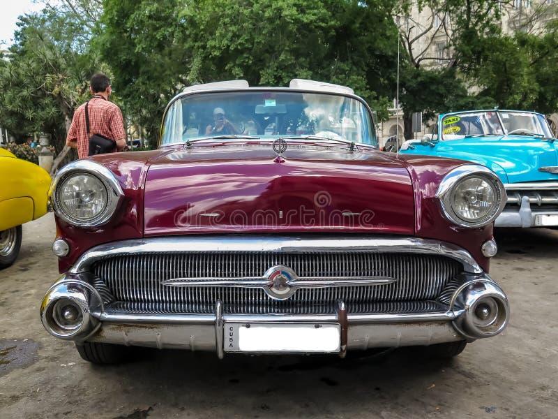 Historisches amerikanisches Auto tadellos wieder hergestellt lizenzfreie stockbilder