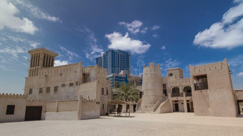 Historisches Fort am Museum von Adschman-timelapse hyperlapse, Vereinigte Arabische Emirate lizenzfreies stockfoto