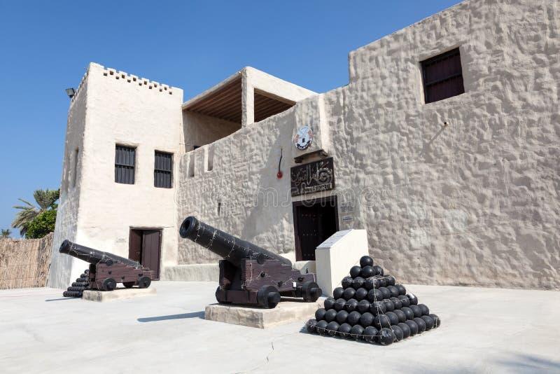 Historisches Fort und Museum in Umm Al Quwain stockfotos