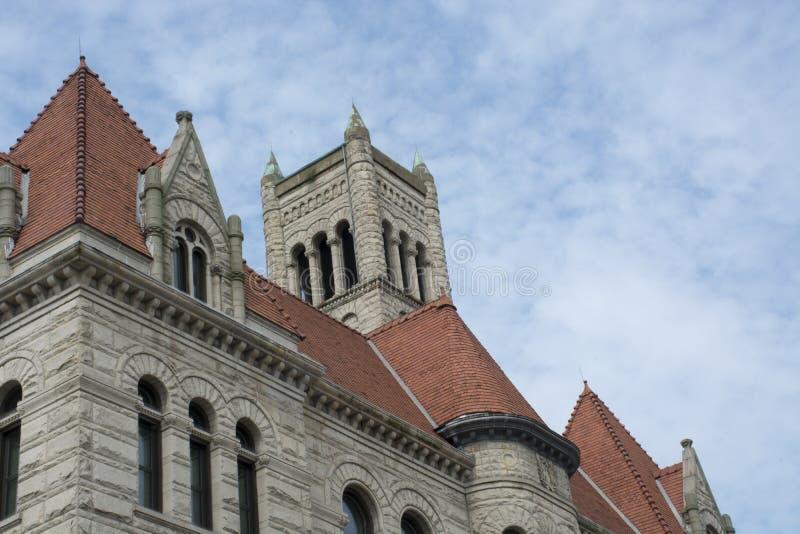 Historisches Gerichtgebäude, Parkersburg, WV, Spitzenglockenturm lizenzfreie stockbilder