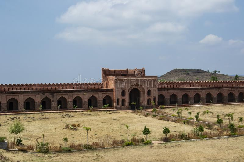 Historisches Händler-Schutz Sarai-Fort in Mittel-Indien lizenzfreies stockfoto