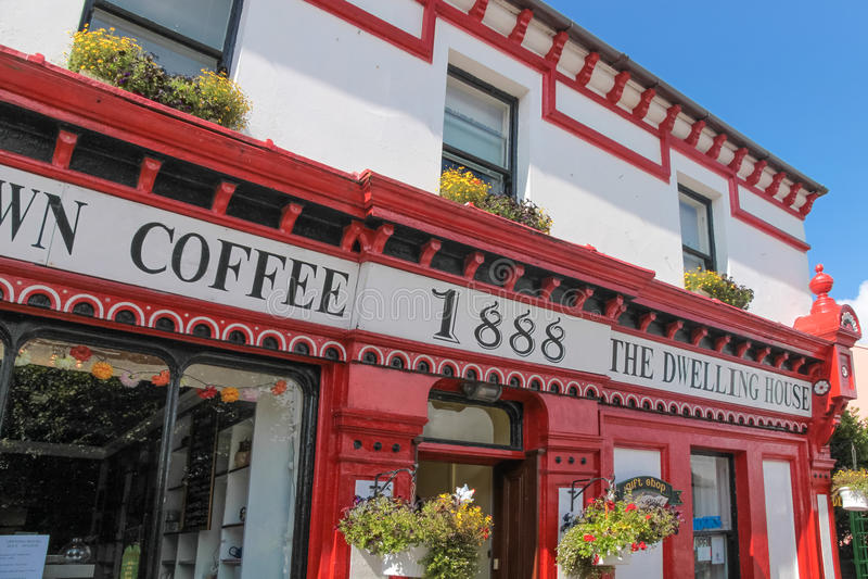 Historisches Kaffeehaus auf Valentia Iceland lizenzfreie stockbilder