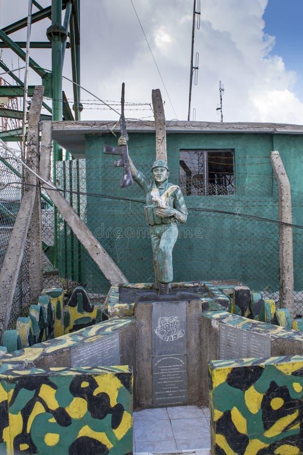 Historisches Monument am Militärstützpunkt lizenzfreies stockbild
