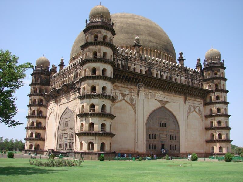 Historisches Platz gol gumbaz vijayapur in Karnataka lizenzfreies stockfoto