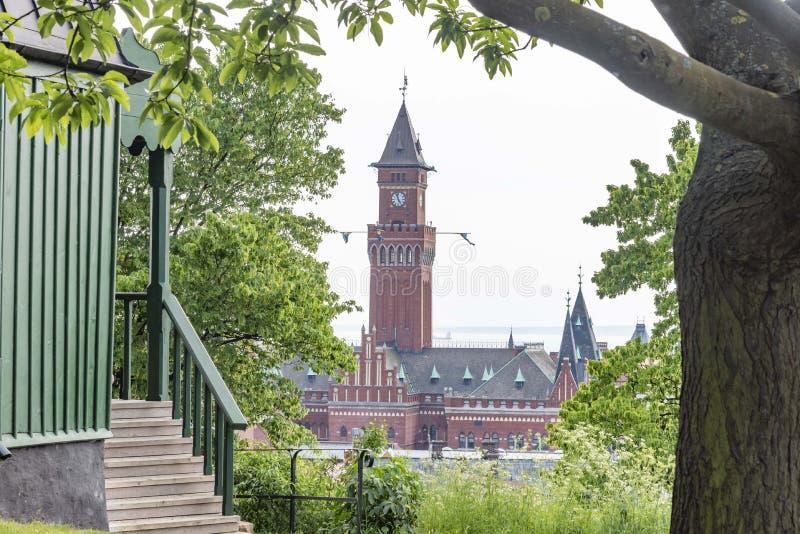 Historisches Reihenhaus in Helsingborg Schweden lizenzfreie stockbilder
