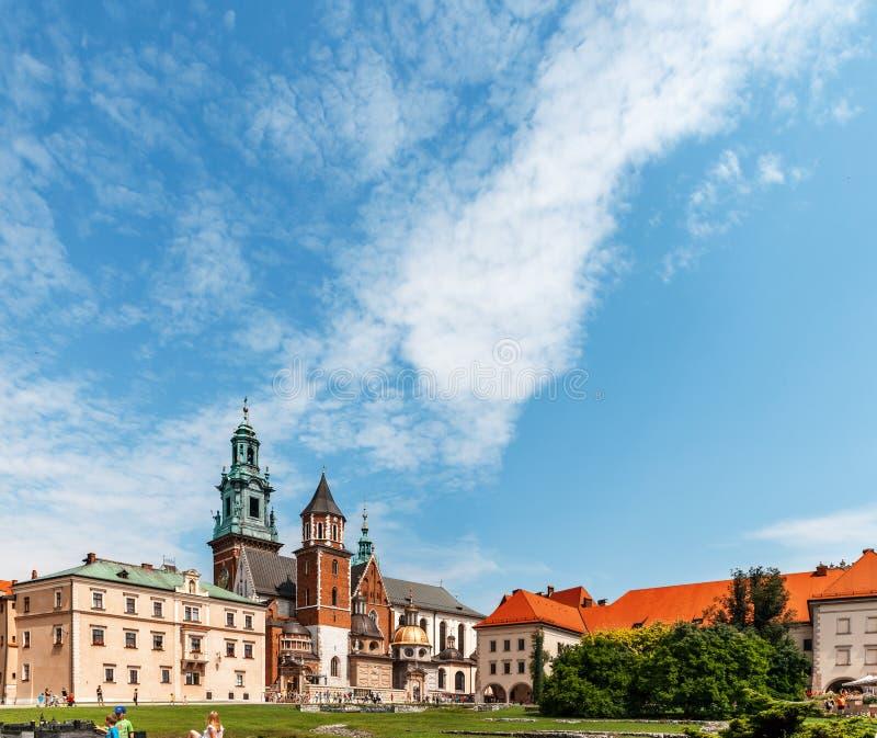 Historisches Schloss in altem Krakau stockbild
