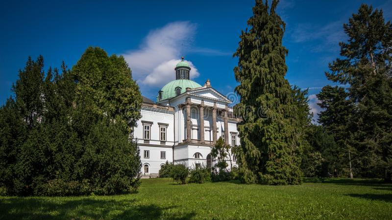 Historisches Schloss, Topolcianky, Slowakei stockbild