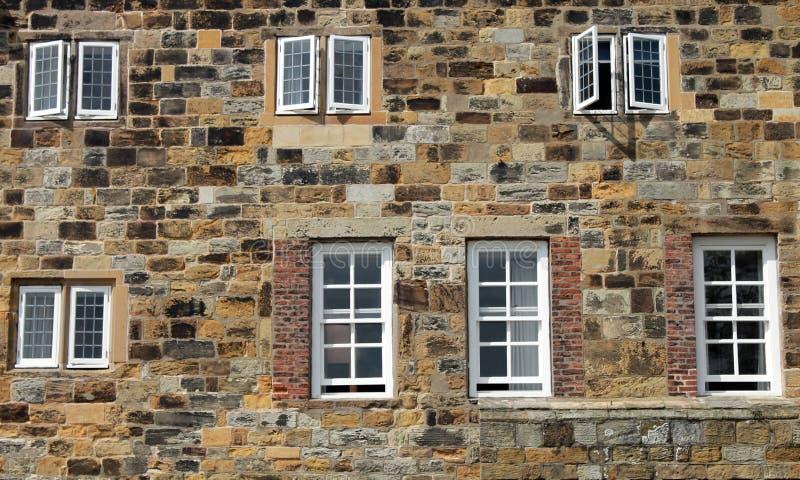 Historisches Steingebäude lizenzfreie stockbilder