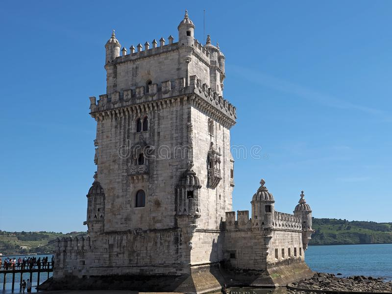 Historisches Torre De Belem in Lissabon in Portugal stockfotografie