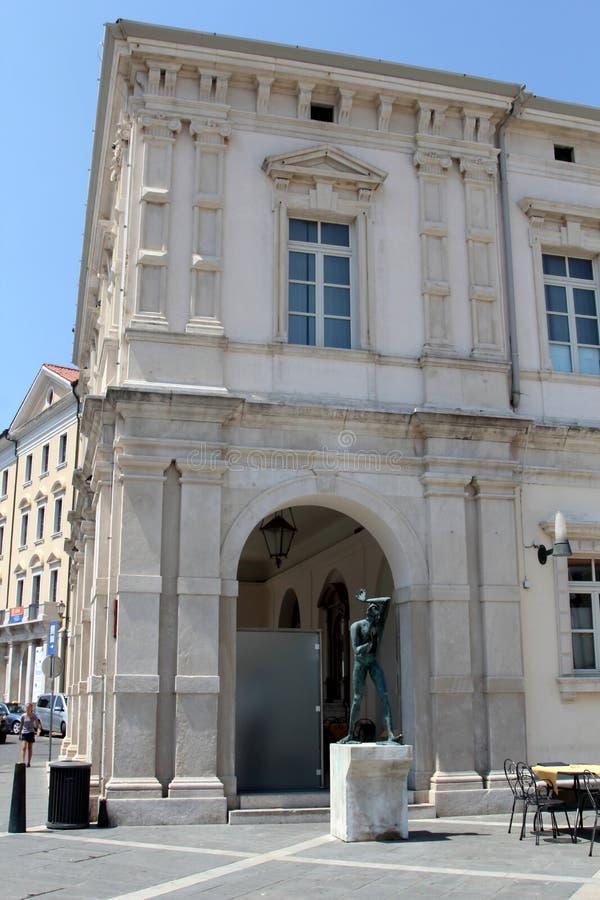 Historisk arkitektur av Piran, Slovenien arkivfoton