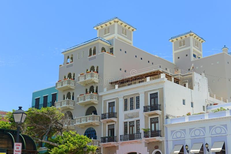 Historisk byggnad i gamla San Juan, Puerto Rico arkivbilder