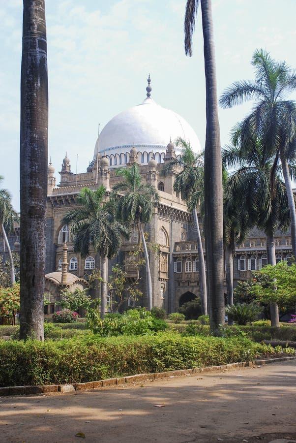 Historisk byggnad i Mumbai fotografering för bildbyråer