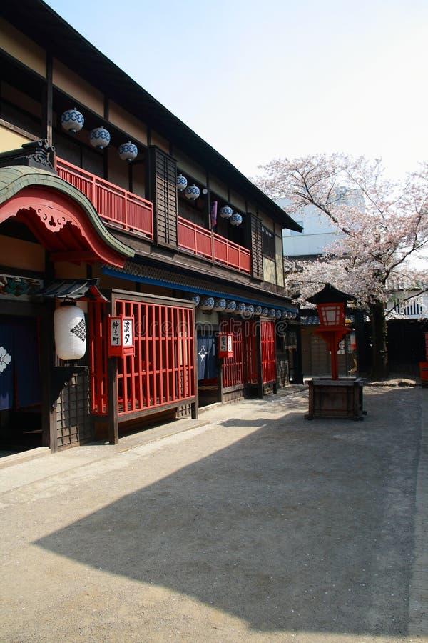 Historisk byggnad på den Toei Kyoto studion parkerar fotografering för bildbyråer