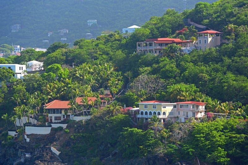 Historisk byggnad på St Thomas Island, USA Jungfruöarna, USA royaltyfria foton