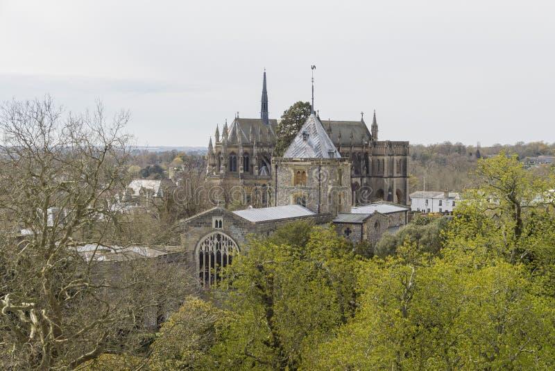 Historisk gränsmärke runt om den Arundel slotten royaltyfri fotografi