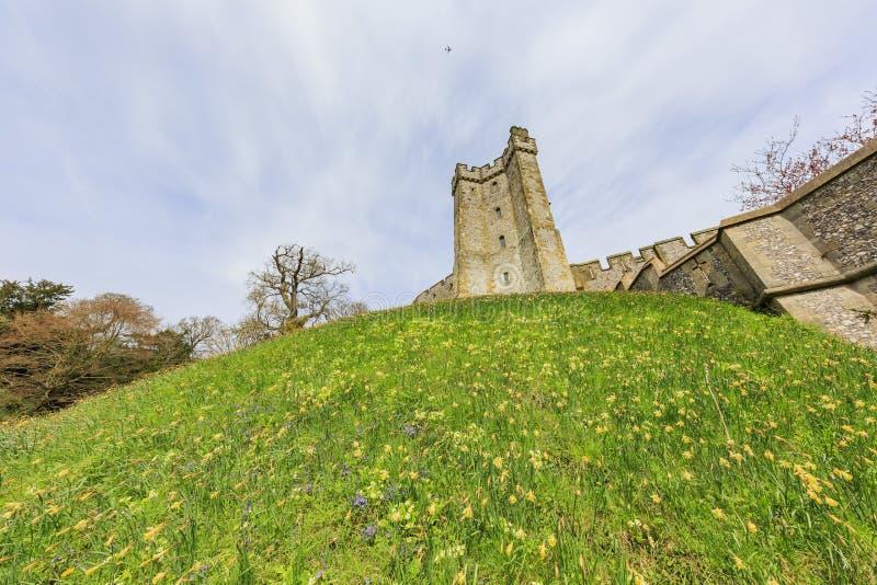 Historisk gränsmärke runt om den Arundel slotten royaltyfria foton