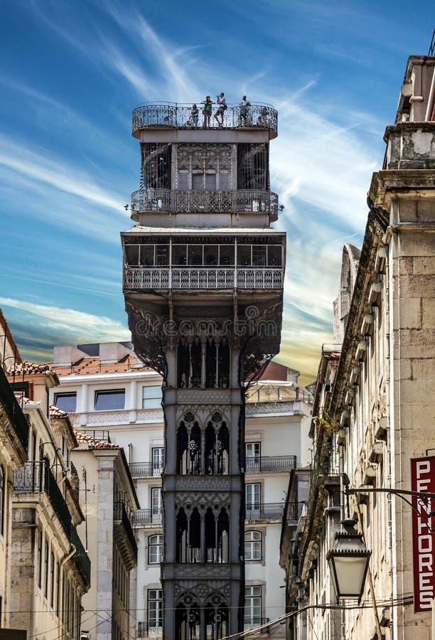 Historisk hiss Santa Justa, elevator i Lissabon, Portugal Elevado royaltyfria bilder
