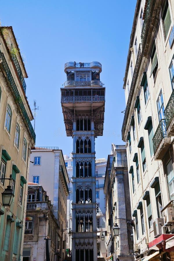 Historisk hiss Santa Justa i Lissabon royaltyfria bilder
