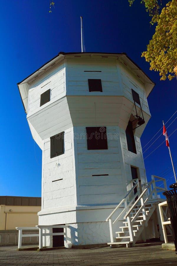 Historisk Hudsons bastion för fjärd på Nanaimo strand, British Columbia royaltyfria foton