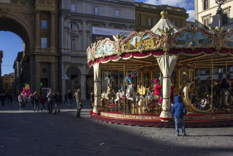 Historisk karusell i Florence stadsmitt royaltyfria bilder