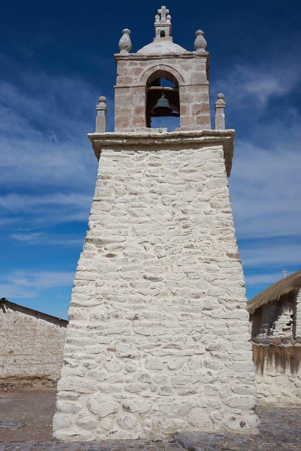 Historisk kyrka på Altiplanoen arkivfoto