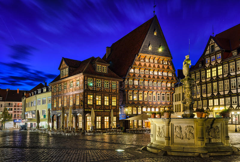 Historisk marknadsfyrkant i Hildesheim, Tyskland arkivbilder