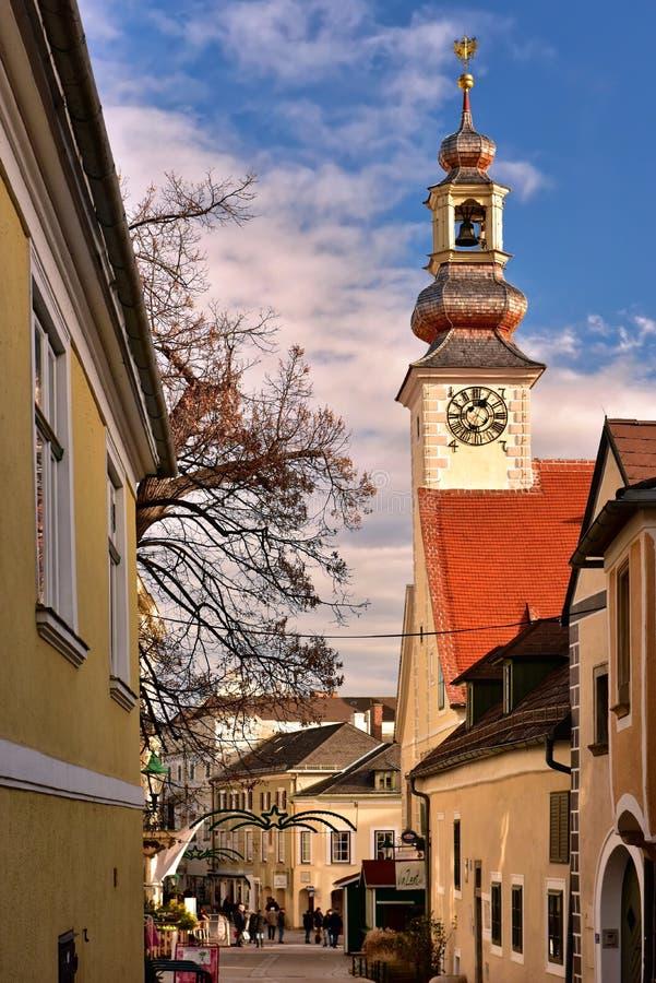 Historisk mitt under jultid Stad av Moedling, lägre Österrike arkivfoto