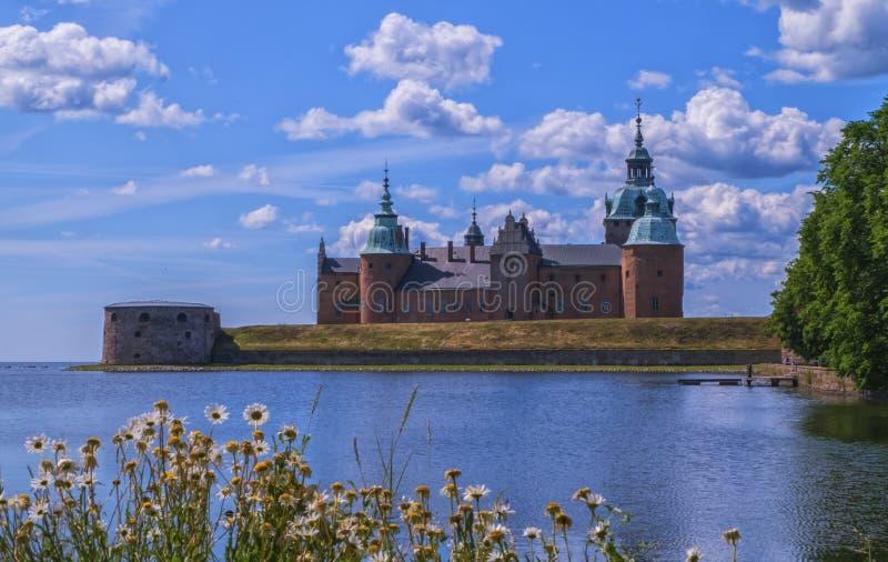 Historisk slott i Kalmar vid dag, Sverige arkivfoton