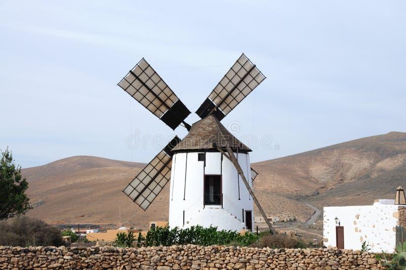 historisk spain windmill royaltyfri bild
