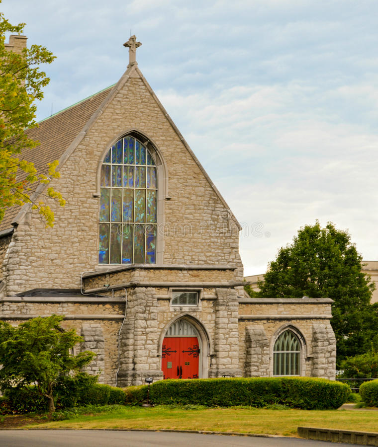 Historisk St Johns episkopalkyrkan Youngstown Ohio royaltyfria foton