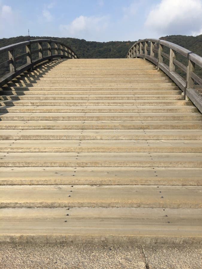 Historisk stegedesign på den Kintaikyo Kintai bron, Iwakuni, Yamaguchi, Japan royaltyfri bild