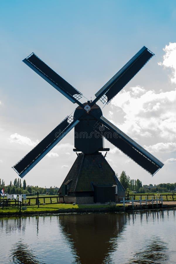 historisk windmill royaltyfri foto