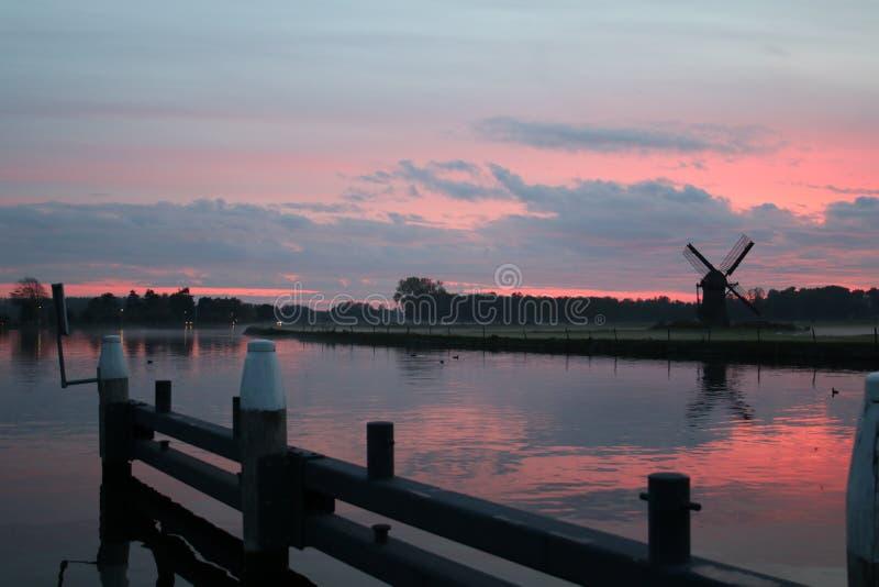 Historisk windmill royaltyfri fotografi