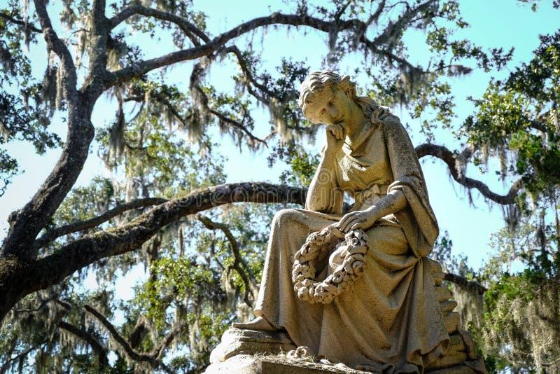 Historiska Bonaventure Cemetery i Savannah Georgia USA fotografering för bildbyråer