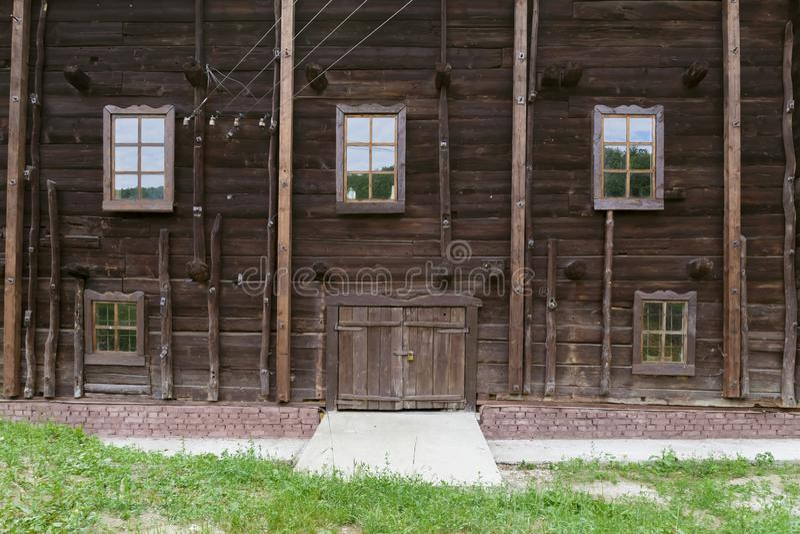 Historiska forntida gränsmärken av tHistorical forntida gränsmärken av den Saratov regionen, Ryssland En serie av foto Återställt royaltyfri bild