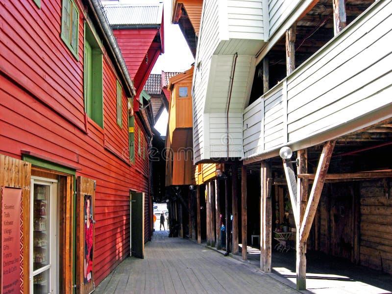 Historiska hus i Bergen (Norge) arkivfoton