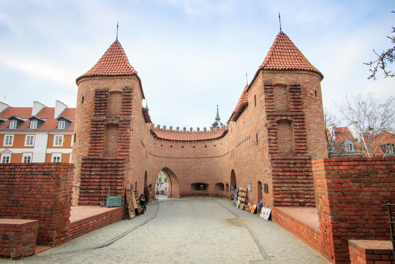 Historiska stadsväggar av Warszawa, Polen royaltyfri fotografi