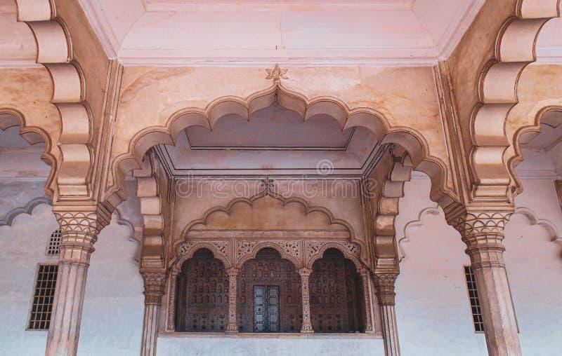 Historiskt Agra fort i Agra, Indien arkivbilder