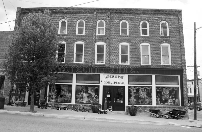 Historiskt bondes tillförsellager - Floyd, Virginia, USA arkivbilder