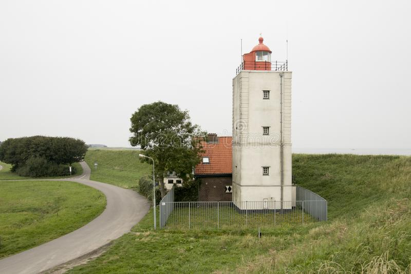 Historiskt ljust hus De Ven i Oosterdijk royaltyfria bilder