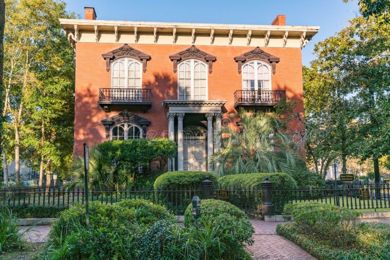 Historiskt Mercer-Williams hus i Savannah arkivfoton