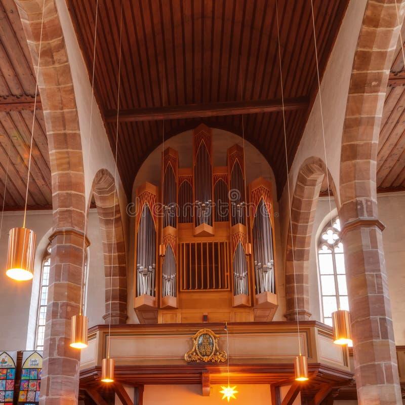 Historiskt organ i en protestantkyrka i Nuremberg royaltyfri fotografi