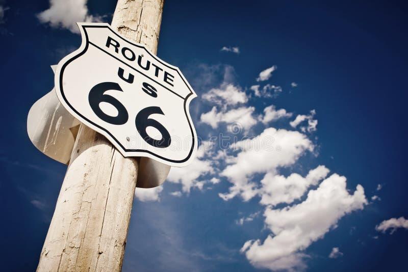 historiskt tecken för route 66 arkivfoton
