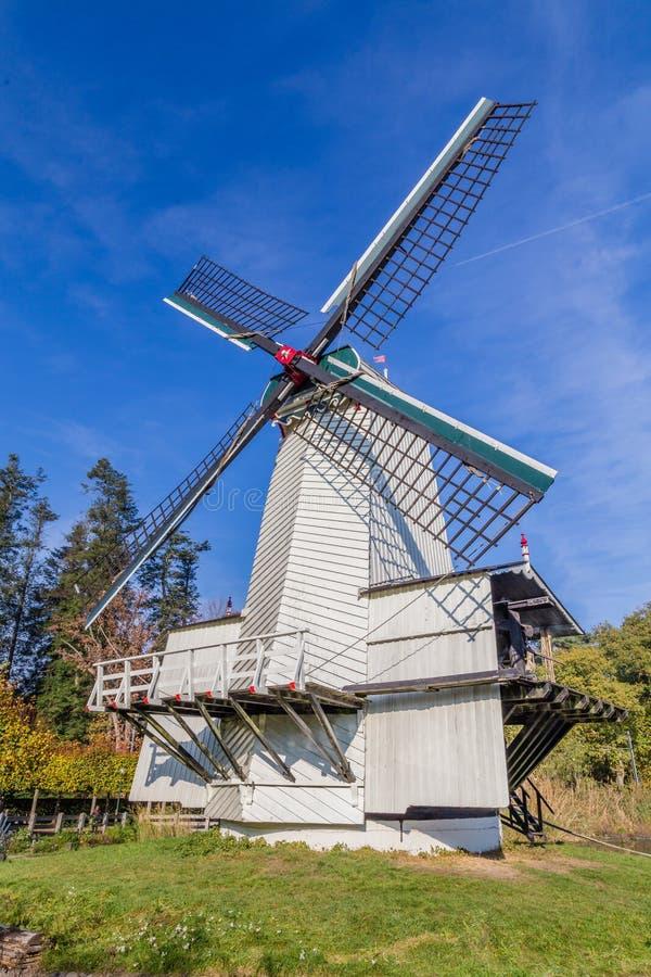 Historyczna Holenderska scena z wiatraczkiem obrazy stock