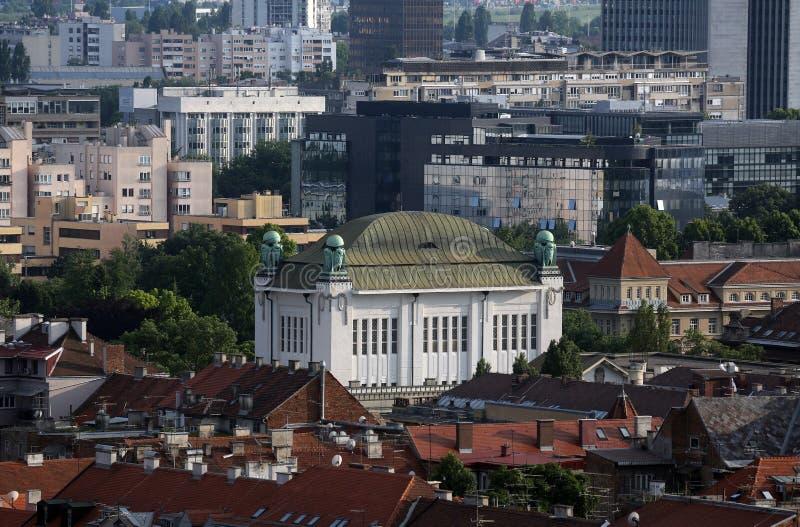 Historyczna niska grodzka architektura z budynkiem Chorwaccy stanów archiwa w Zagreb obraz royalty free