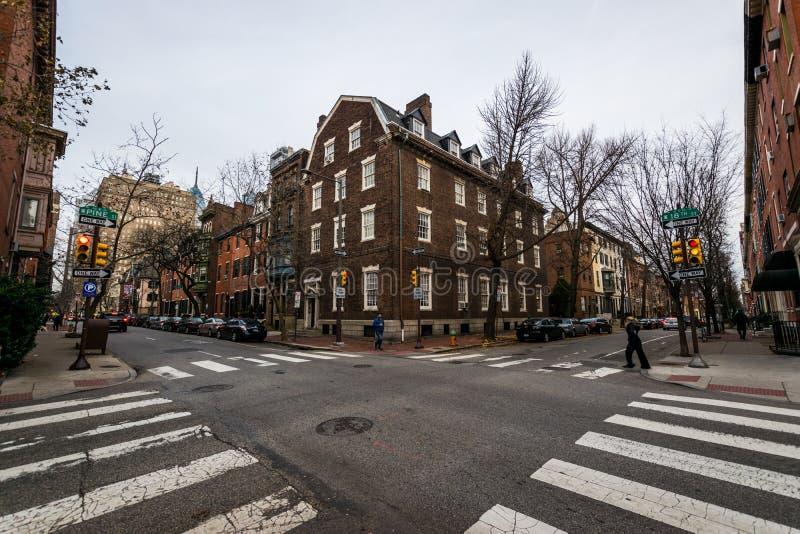 Historyczni ceglani domy w społeczeństwa wzgórzu w Filadelfia, Pennsy obrazy royalty free