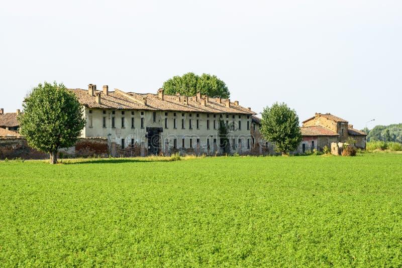 Historyczny gospodarstwo rolne blisko Pavia zdjęcia royalty free